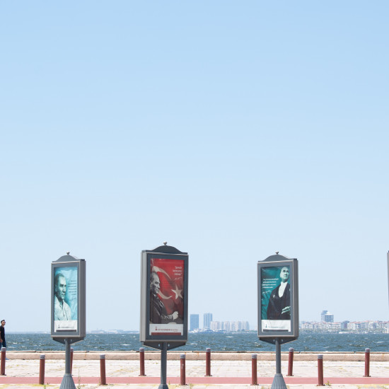 lurity, lurity.com, digital media, OOH, DOOH